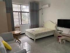 凤湾路口私房公寓出租