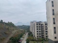 机场附近新小区 可观天门山