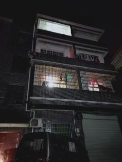 官黎坪索道公司对面单间、2房、4房出租