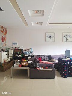 (市中心)逸臣桃源一期3室2厅2卫119.8万158m²出售