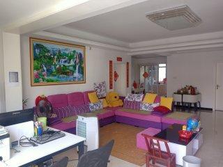 (官黎坪)降价急售汇景国际名都精装修3室2厅2卫141m²